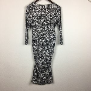 H&M Dresses - SOLD   H&M Maternity Bodycon Dress